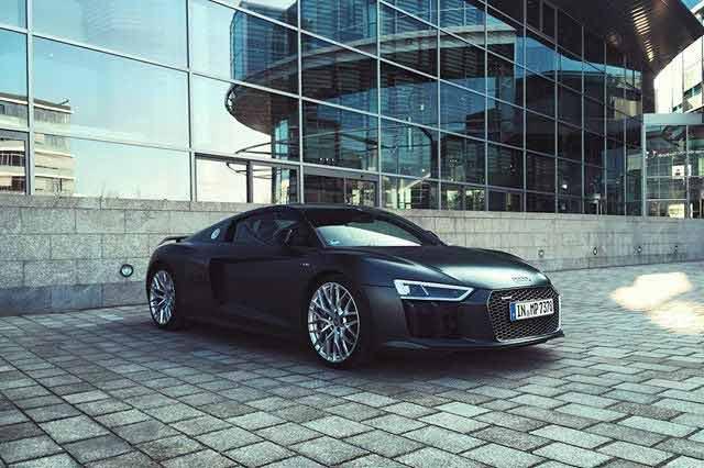 2016-Audi-R8-V10-Plus
